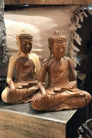 Håndlavet Buddha træfigur fra Bali højde 31 cm