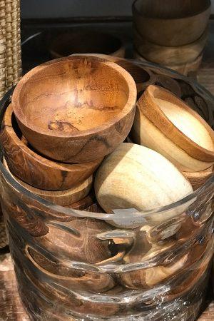 Små håndskåret træ skåle fra Bali til f.eks. bordsalt