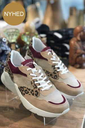 Philip Hog Tova sneakers leo mønster. Sneakers med snørebånd