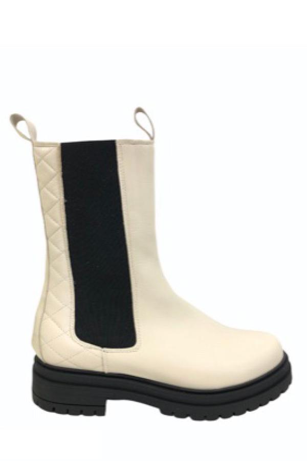 Tim & Simonsen beige Kira skind støvler. Sort sål og sort elastik i siderne